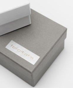 etiqueta regalo felicidades plata